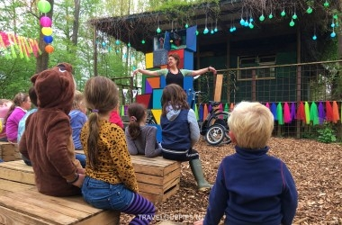 Theater Glamp Outdoor Camp