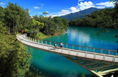 Biking at Sun Moon Lake